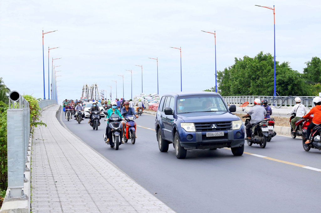 Quang Trung Bridge, ready for traffic by the end of 2020